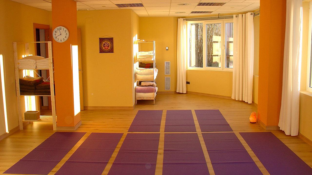 Yoga Kundalini con ...
